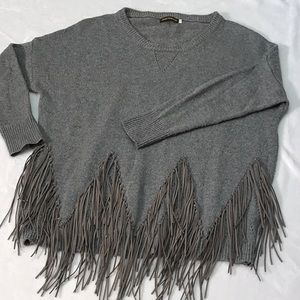 Fringed Gray Wool Sweater. Sz. S